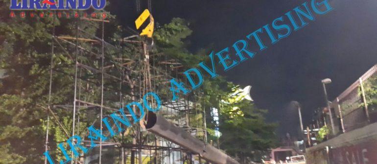 Jasa Pasang billboard signboard hoarding pagar t-banner